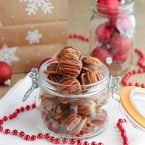 Homemade Turtle Pretzel Candy makes the perfect gift for the holidays | www.themessybakerblog.com