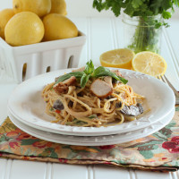 Creamy Parmesan Pasta with Chicken & Mushrooms {www.themessybakerblog.com}-6239