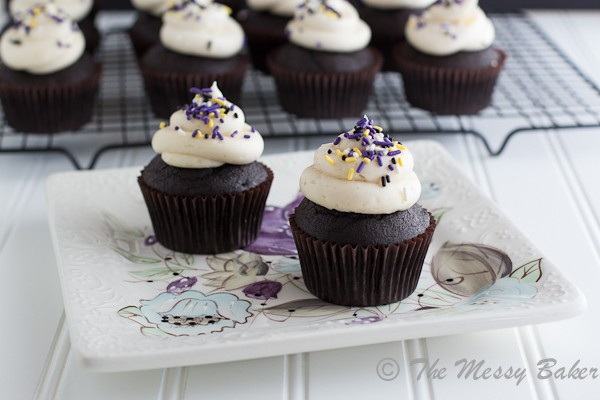 Bailey's Irish Cream Cupcakes {www.themessybakerblog.com}-6305