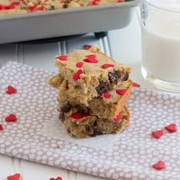 Chocolate Chip Brown Butter Banana Bourbon Blondies {www.themessybakerblog.com}
