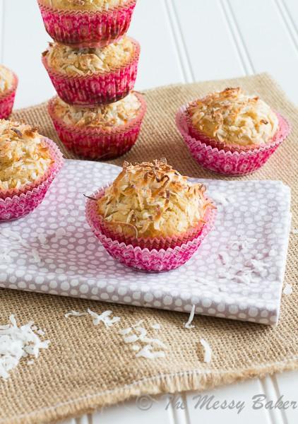 Healthy Pina Colada Muffins