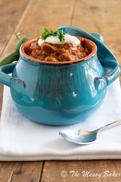 Smoky Pulled Pork Chili | www.themessybakerblog.com -7010