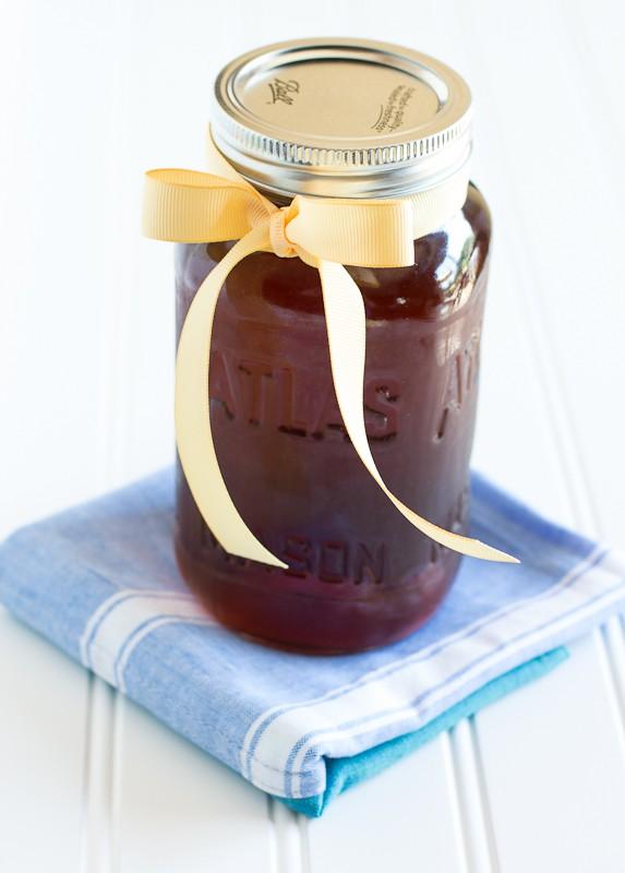Vanilla Coffee Syrup | www.themessybakerblog.com-7644