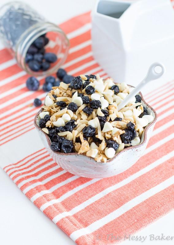 Blueberries & Cream Granola | www.themessybakerblog.com-7992
