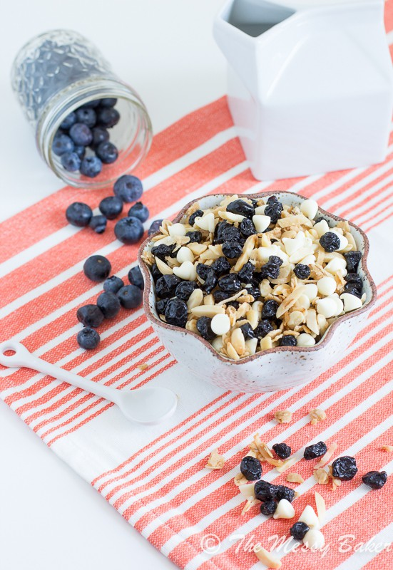 Blueberries & Cream Granola | www.themessybakerblog.com-8008