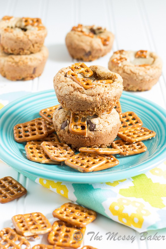 Chocolate Chip Cookie Cups with a Pretzel Crust | www.themessybakerblog.com -7960