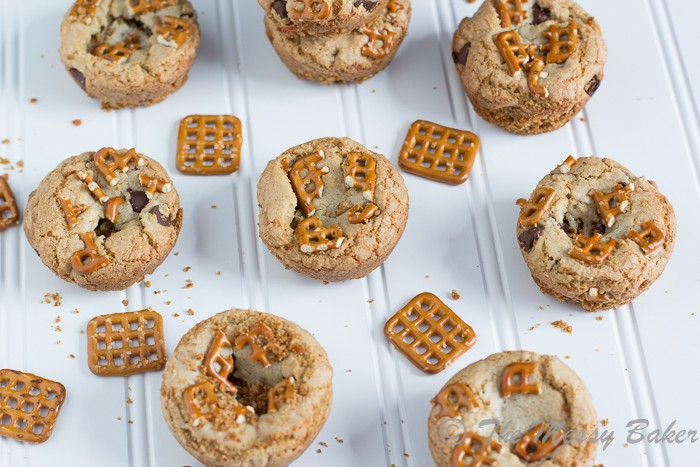 Chocolate Chip Cookie Cups with a Pretzel Crust | www.themessybakerblog.com -7977