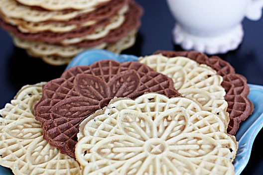 How-To-Make-Pizzelles