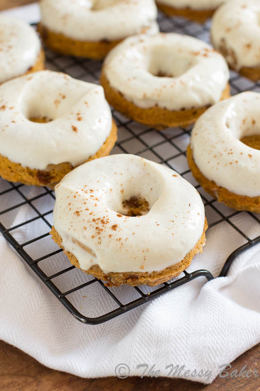 Skinny Pumpkin Cinnamon Chip Donuts with Maple Cream Cheese Glaze | www.themessybakerblog.com -8483