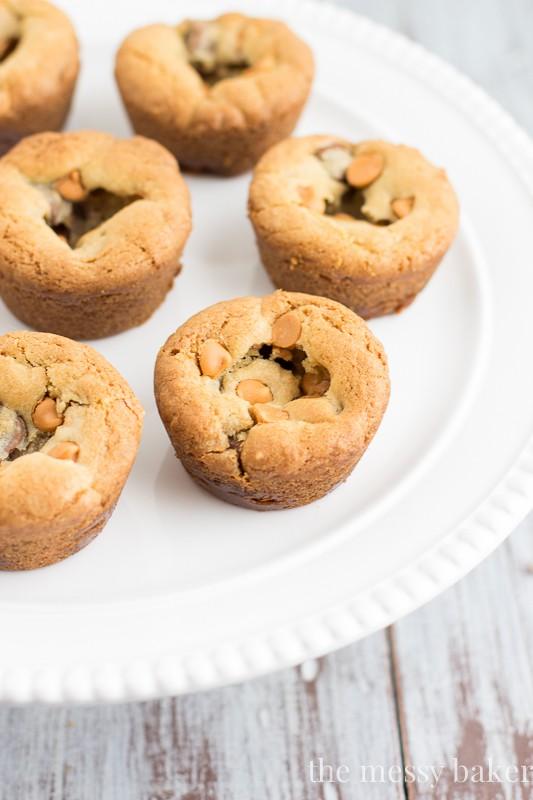 Butterscotch Chocolate Caramel Cookie Cups   www.themessybakerblog.com