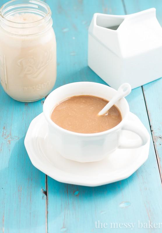 Caramel Macchiato Coffee Creamer | www.themessybakerblog.com
