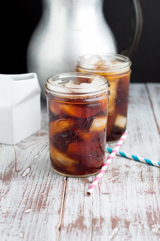 Cold Brewed Coffee Tutorial | www.themessybakerblog.com