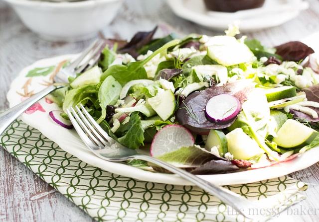 Fennel & Radish Salad with Cherry-Balsamic Vinaigrette   www.themessybakerblog.com