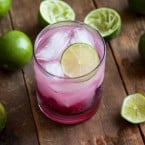 Blackberry-Lime Gin Fizz | www.themessybakerblog.com