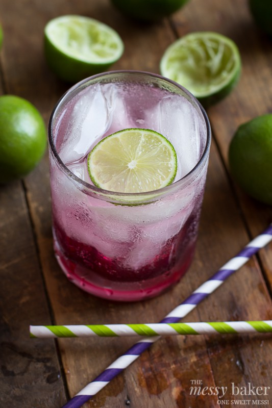 This blackberry-lime gin fizz is perfect on a hot summer's day. It ...