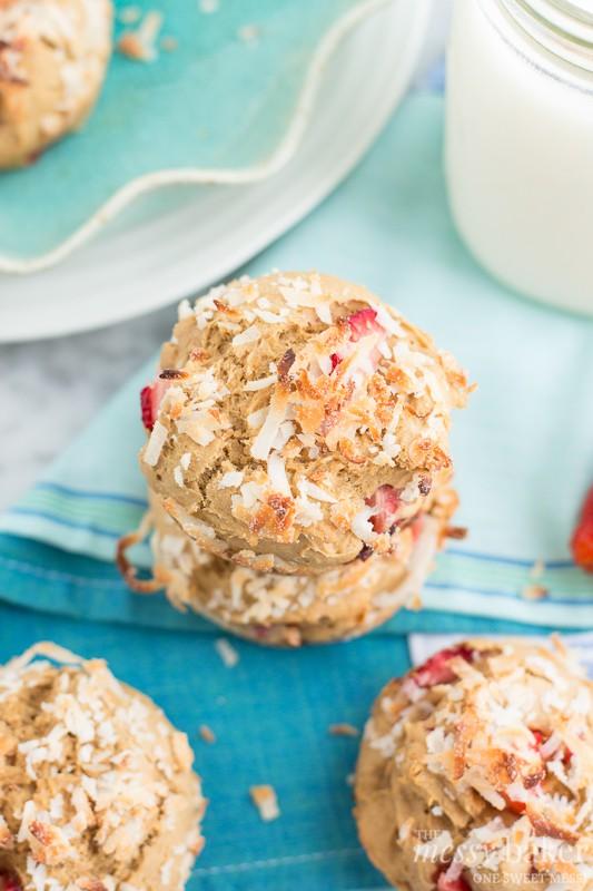 Gluten-Free Strawberry-Coconut Muffins | www.themessybakerblog.com