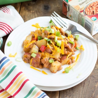 Loaded Baked Potato & Baked Bean Casserole | www.themessybakerblog.com