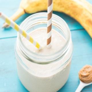 Peanut Butter Banana Oat Smoothie | www.themessybakerblog.com