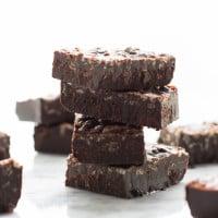 Carob Peanut Butter Freezer Fudge {Gluten-Free + Vegan} | www.themessybakerblog.com
