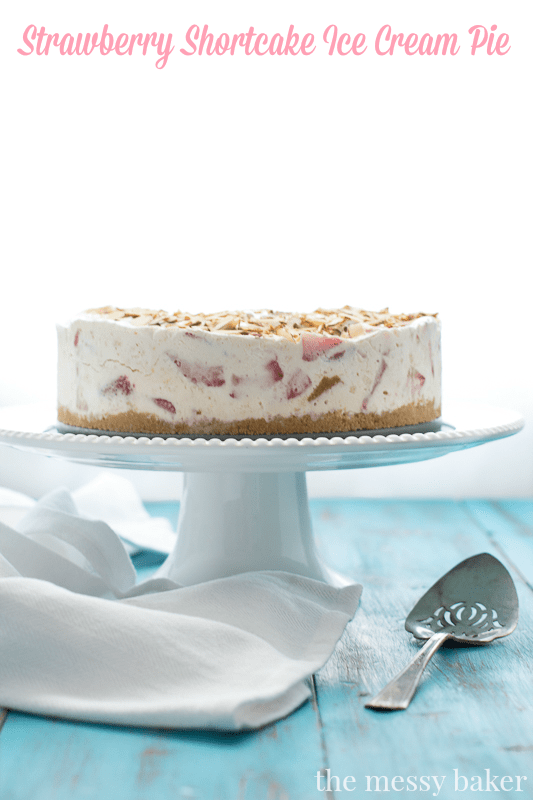 Strawberry Shortcake Ice Cream Pie | www.themessybakerblog.com