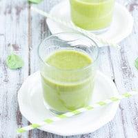 Fruit & Veg Smoothie Recipe | www.themessybakerblog.com