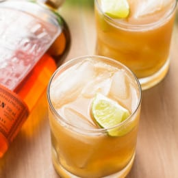 Apple Ginger Bourbon Cocktail | www.themessybakerblog.com