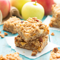 Butterscotch Apple Crumb Bars made from scratch | www.themessybakerblog.com