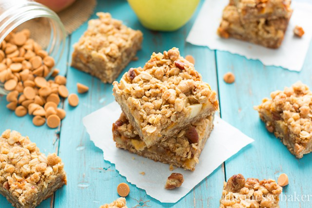 Sweet, Gooey Butterscotch Apple Crumb Bars | www.themessybakerblog.com