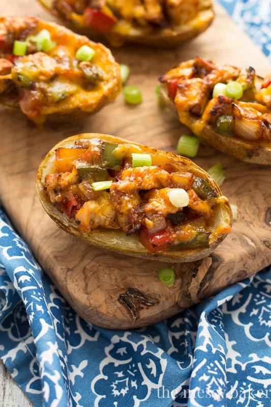 Gluten-Free Chicken Fajita Potato Skins | www.themessybakerblog.com