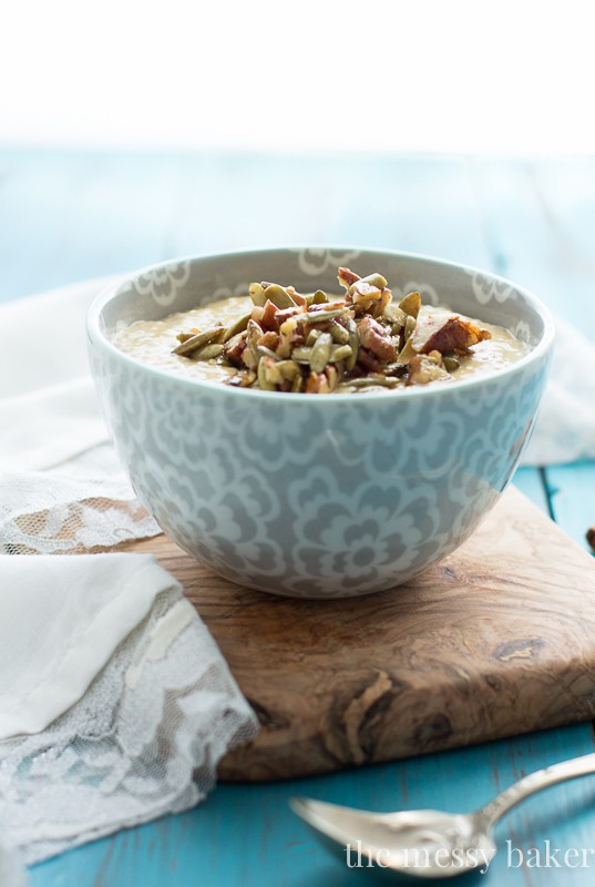 Pumpkin Chia Seed Pudding with Maple Pecans & Pumpkin Seeds | www.themessybakerblog.com