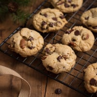 Brown Butter Pecan Chocolate Chip Cookies | www.themessybakerblog.com