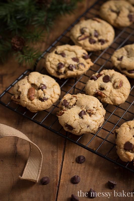Brown Butter Pecan Chocolate Chip Cookies | www.themessybakerblog.com
