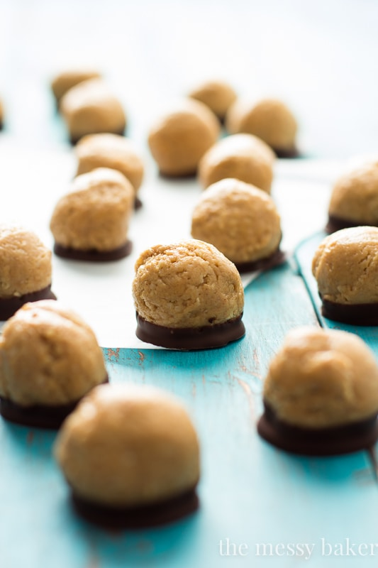 Healthy Peanut Butter Buckeyes | www.themessybakerblog.com