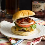 Jalapeño Popper Stuffed Bacon Burgers | www.themessybakerblog.com