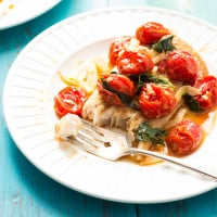 Mahi Mahi with Roasted Tomatoes and Fennel | www.themessybakerblog.com