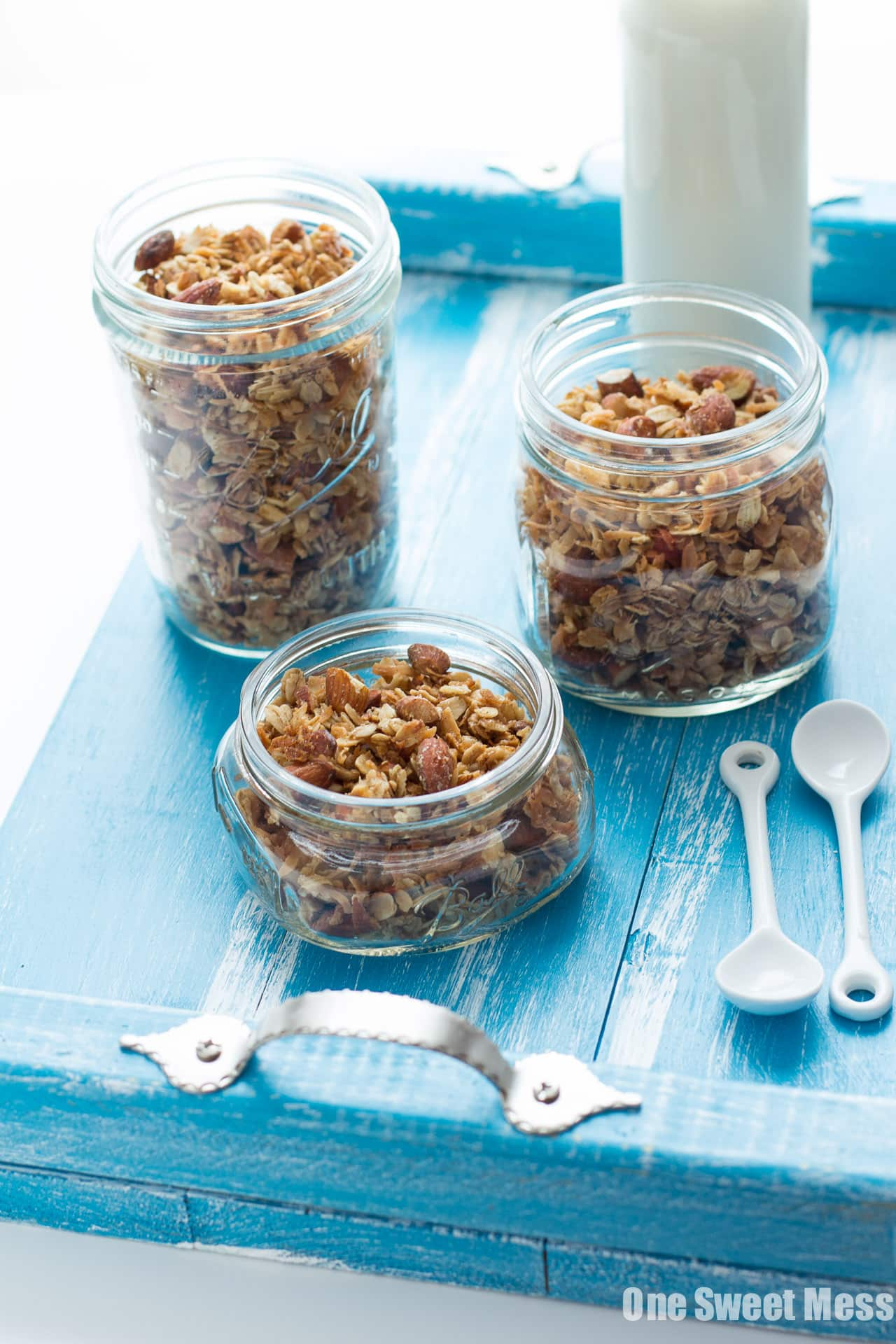 Very Vanilla Almond Granola