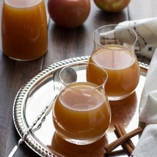 Caramel Apple Pie Martini