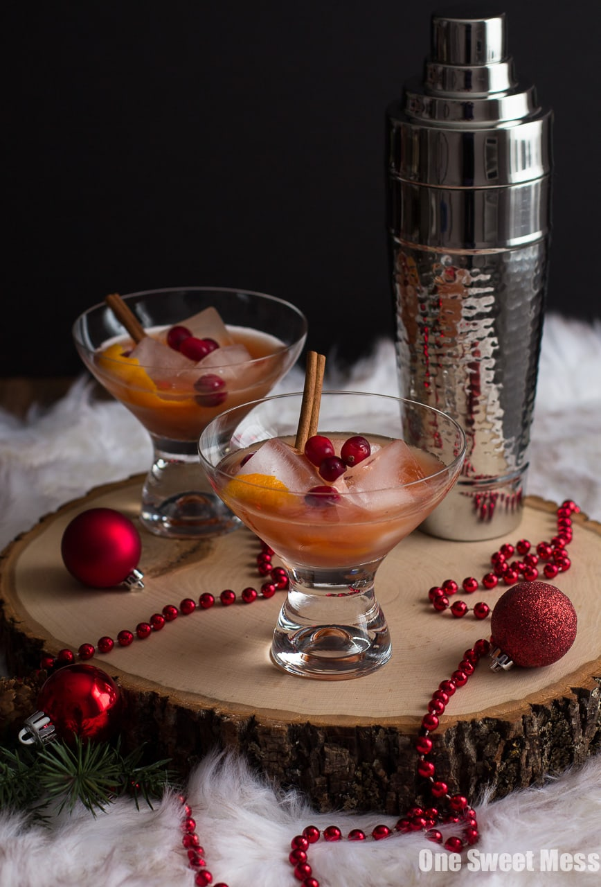 Spiced Cranberry Rum Old-Fashioned: Spiced rum, tart cranberry juice ...