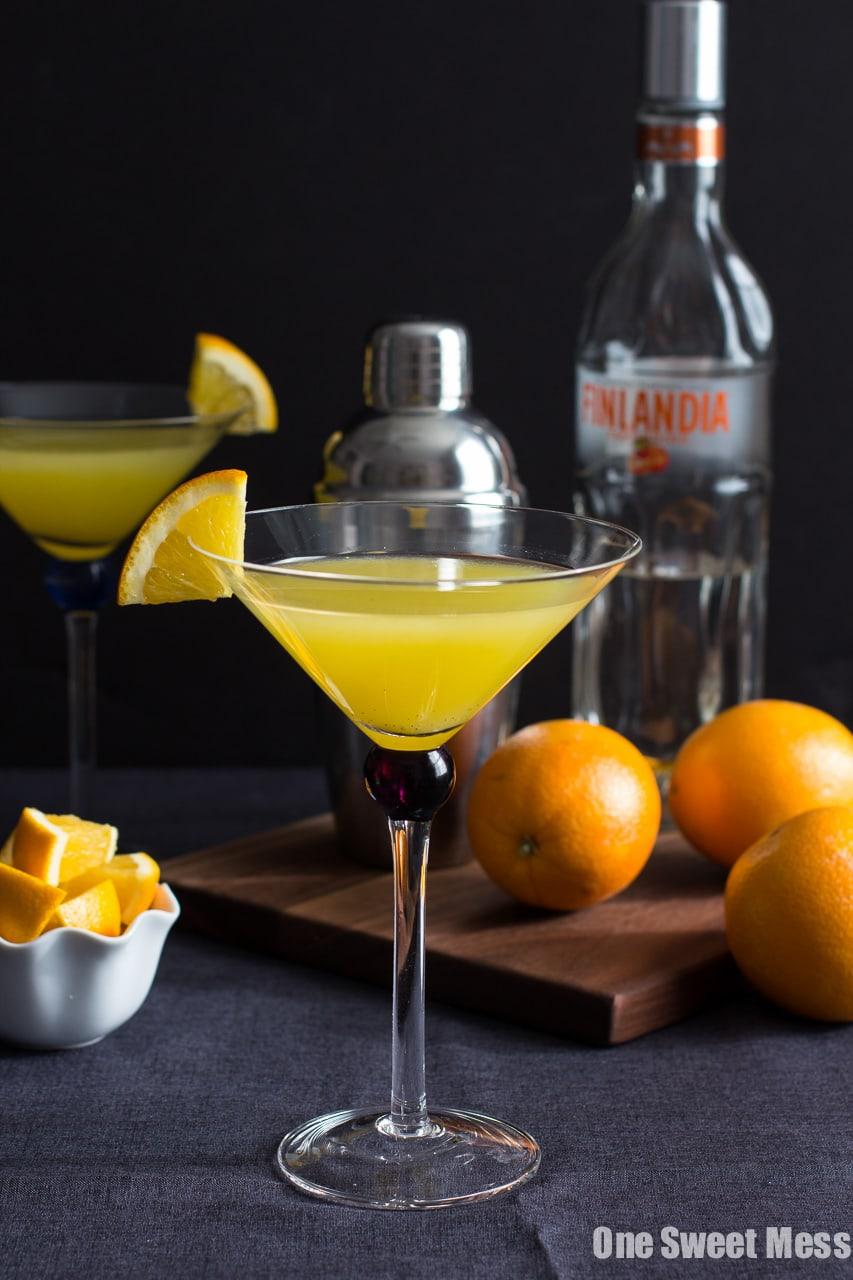 Vanilla Tangerine Martini {By the Pitcher}