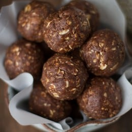 Almond Joy Energy Balls {Gluten-Free & Vegan}: These pop-able snacks are healthy, all-naturally sweetened, and made with healthy and wholesome ingredients.