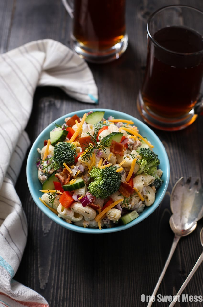 Cheddar Bacon Ranch Pasta Salad: This veggie-loaded pasta salad gets ...