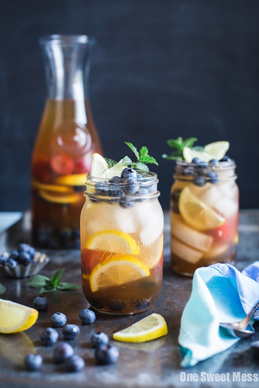 Blueberry Sweet Tea Lemonade Sangria