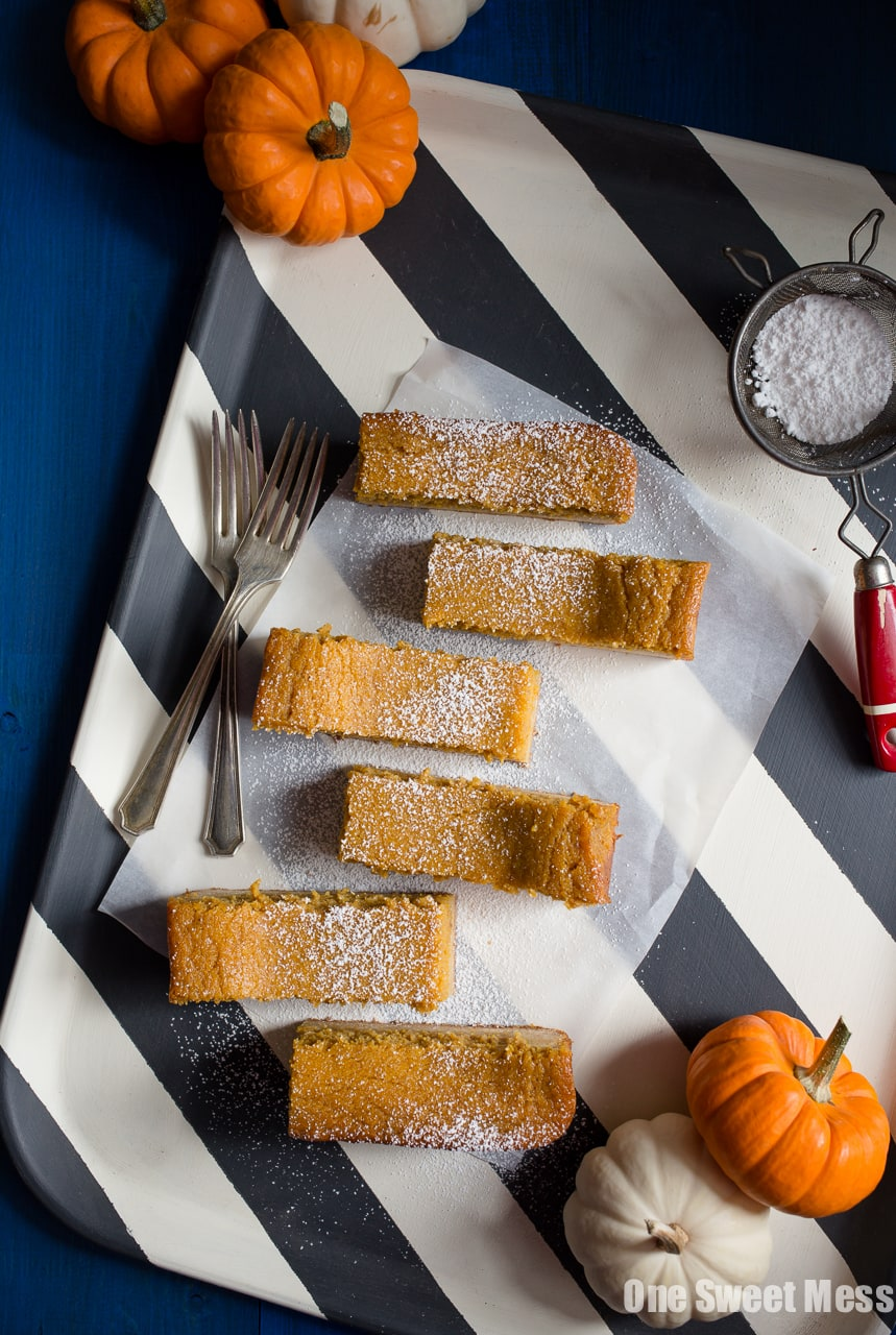 Pumpkin Pie Gooey Butter Cake