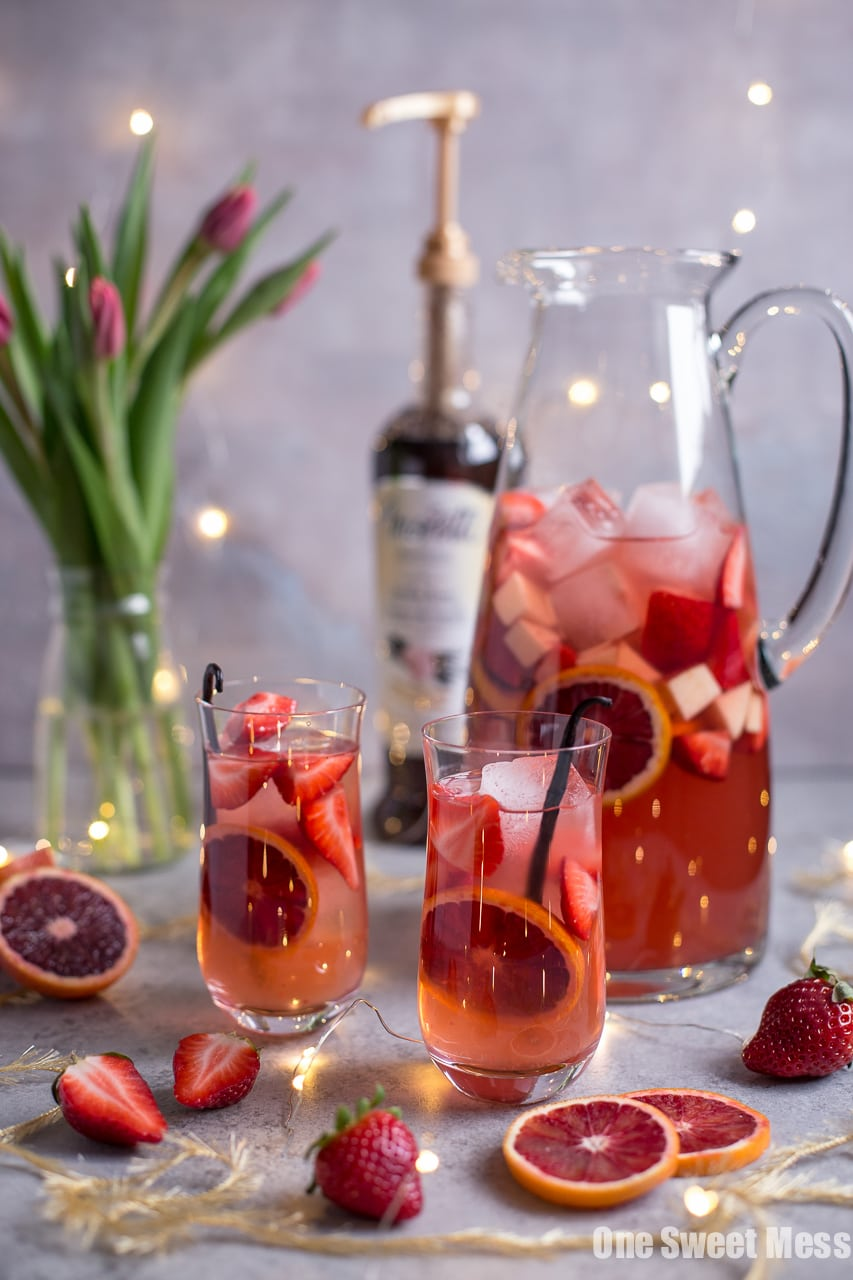 Blood orange vanilla bean ros sangria one sweet mess blood orange vanilla bean rose sangria altavistaventures Image collections