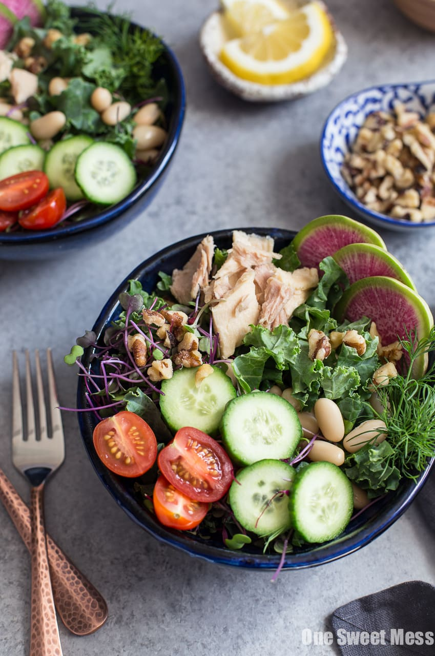 Kale, White Bean and Tuna Salad with Lemon Vinaigrette