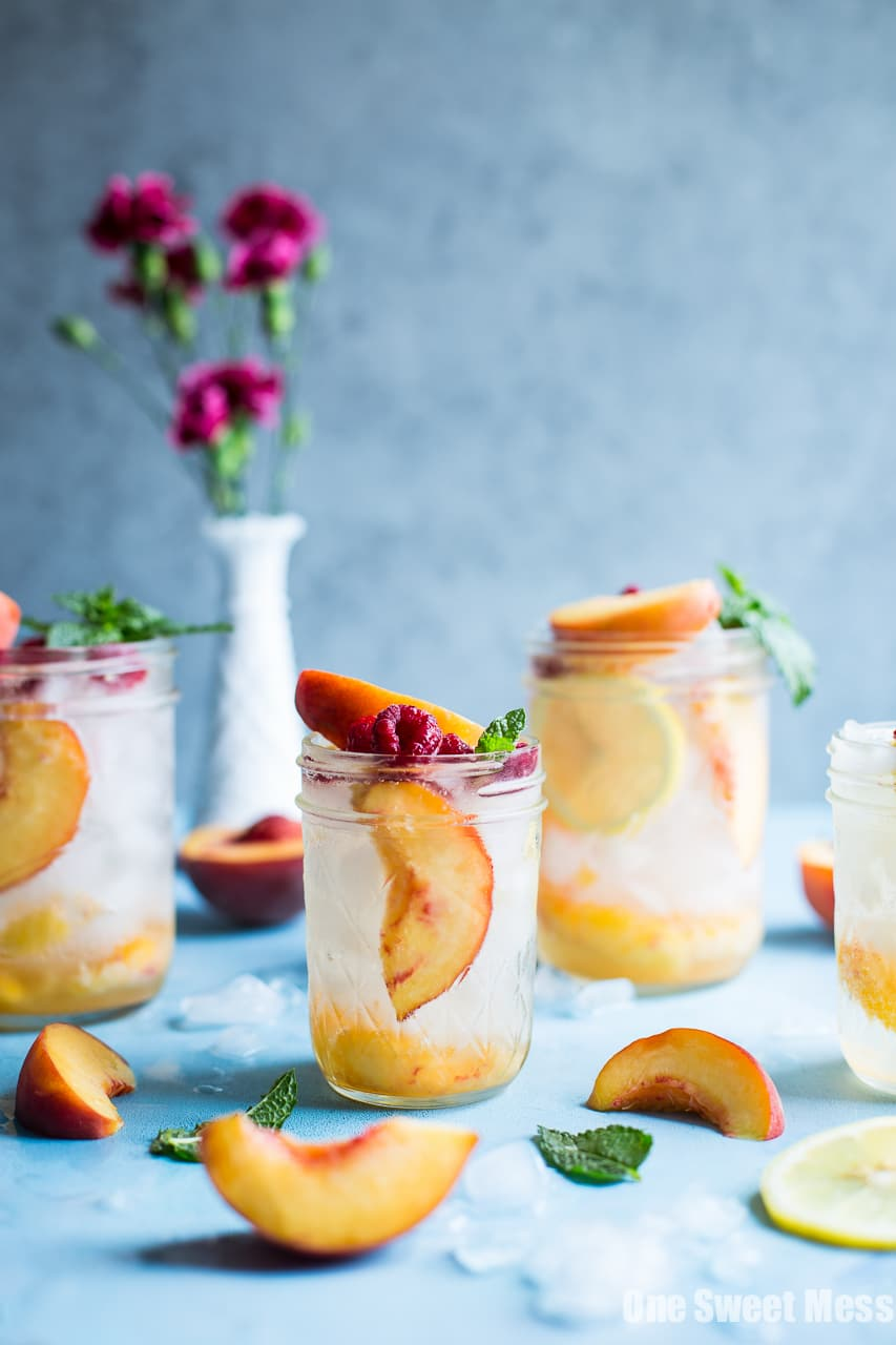 Fresh Peach Crush Cocktail