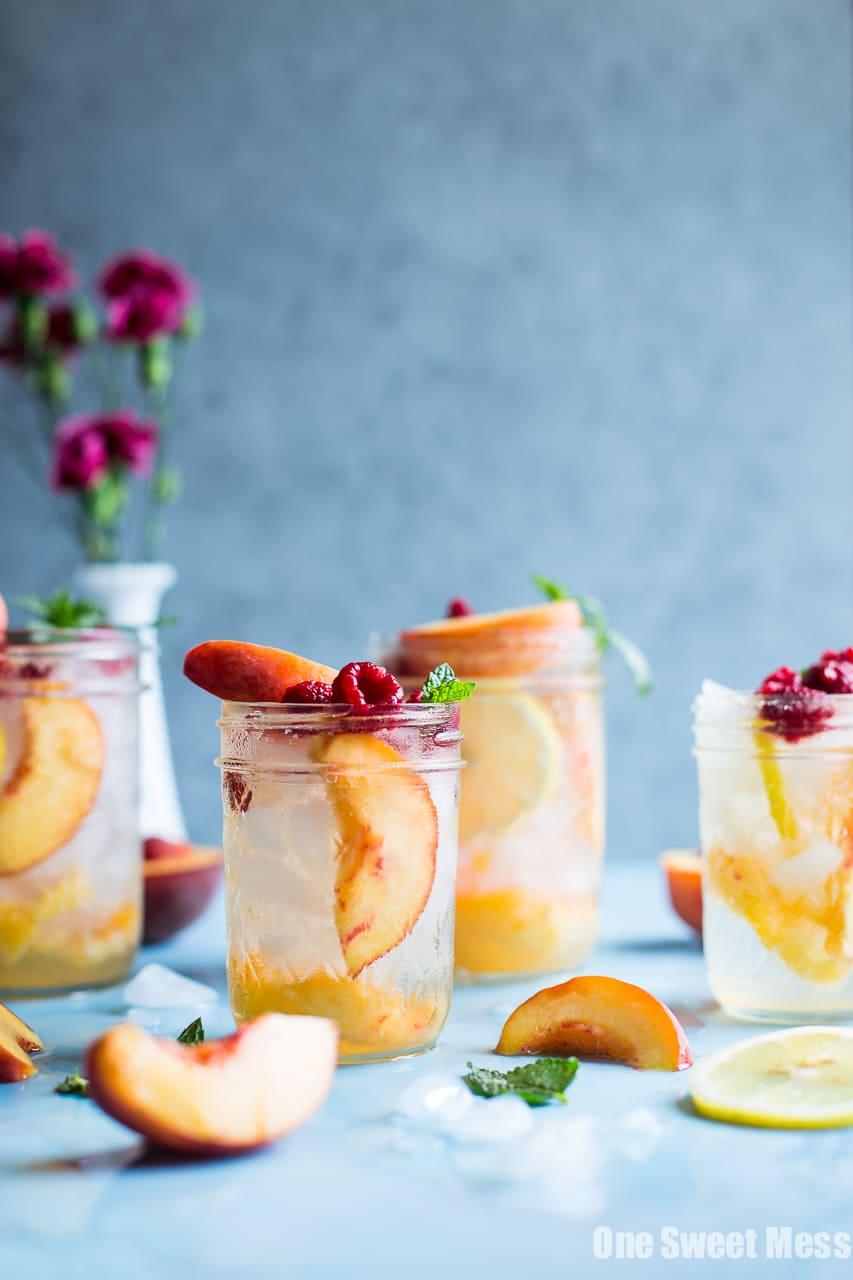 Fresh Peach Crush Cocktail
