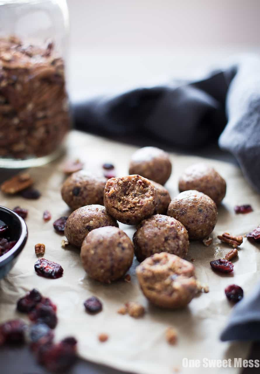 Toasted Pecan Cranberry Energy Bites | Gluten-Free, Vegan & Naturally Sweetened